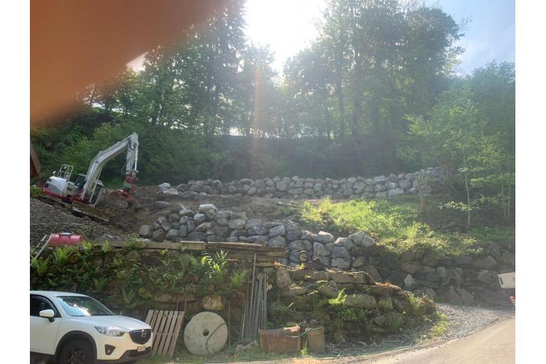 Steinmauer Thal